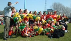 Dames1 Kampioen 2003