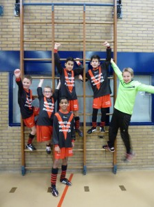 Zaalvoetbal jeugd 01-02-2015 A
